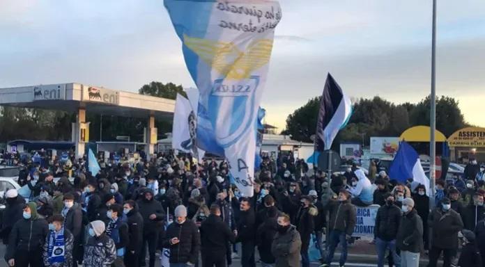 Lazio-tifosi-696x384