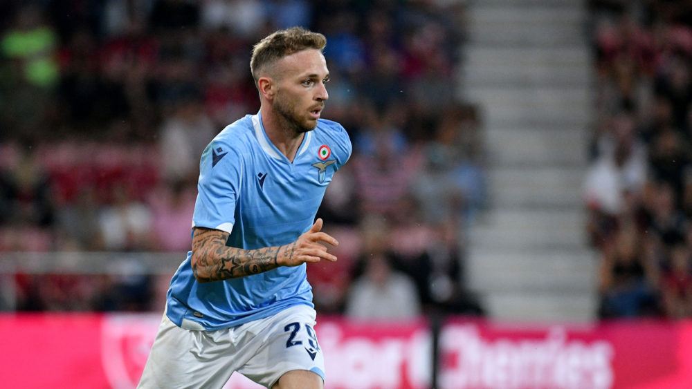 BOURNEMOUTH, ENGLAND - AUGUST 02:  Manuel Lazari of SS lazio in action during the Pre-Season Friendly match between AFC Bournemouth and SS Lazio at Vitality Stadium on August 2, 2019 in Bournemouth, England.  (Photo by Marco Rosi/Getty Images)